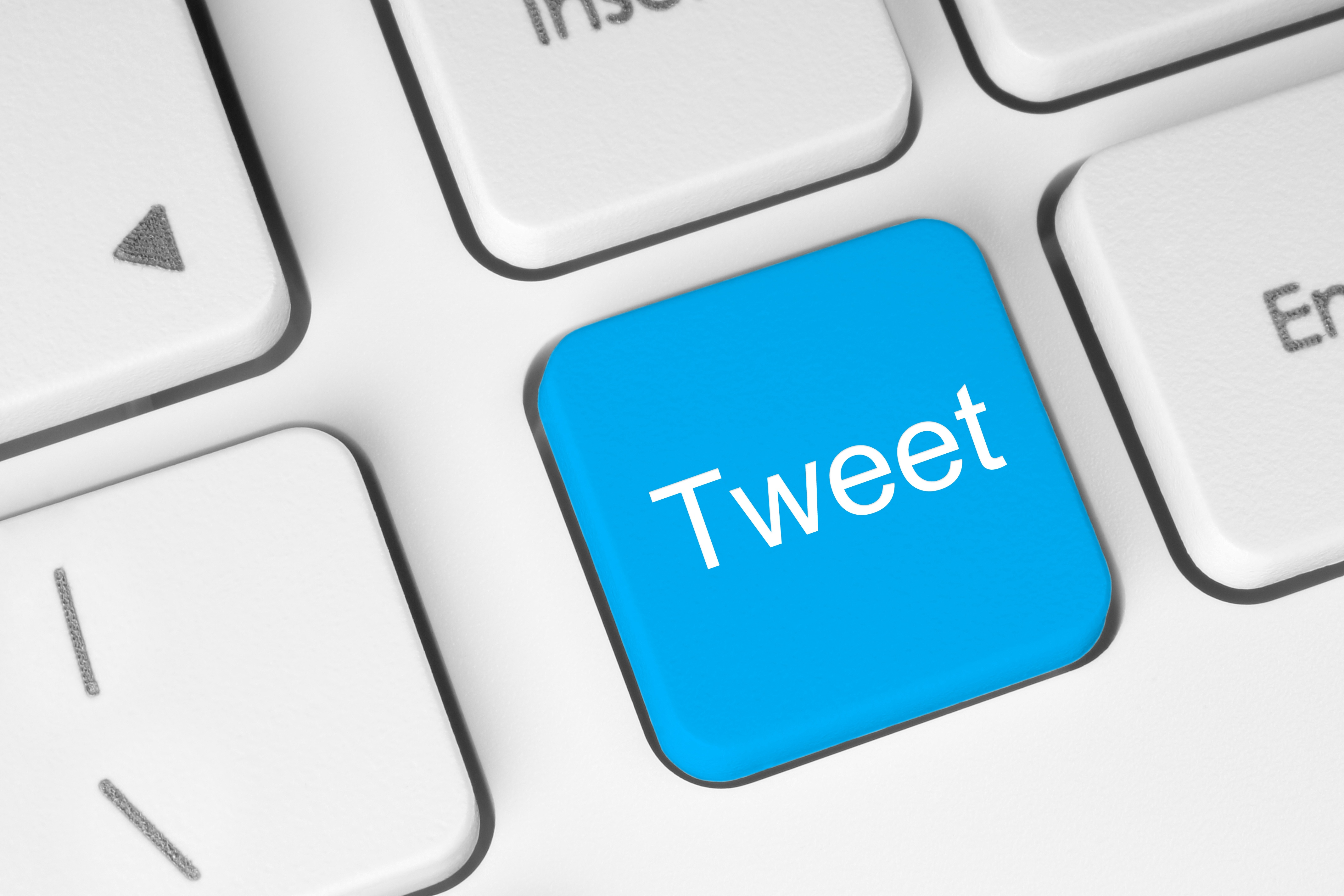 TWEETS and TECHNOLOGY.jpg