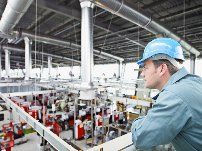 3 Ways Manufacturing Companies Can Improve Communication During a Crisis